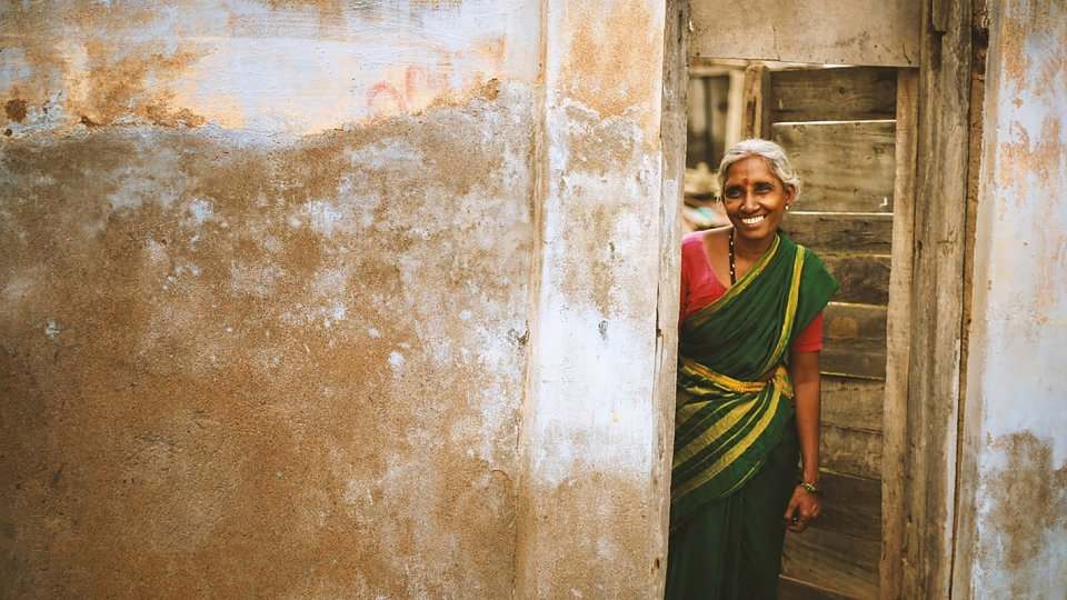 /images/r/indian-woman-in-the-doorway-from-vignesh-moorthy-on-unsplash/c960x540g130-0-1550-800/indian-woman-in-the-doorway-from-vignesh-moorthy-on-unsplash.jpg